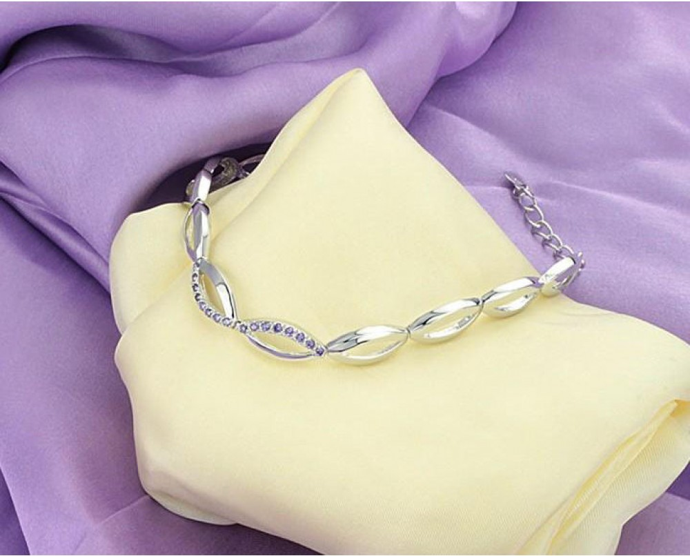Fashion-bracelets-for-women