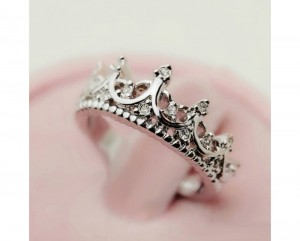 Crown-Design-diamond-Women's-Ring