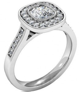 Cushion-cut-diamond-ring