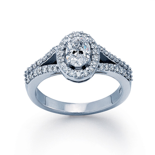 Diamond-Oval-Ring