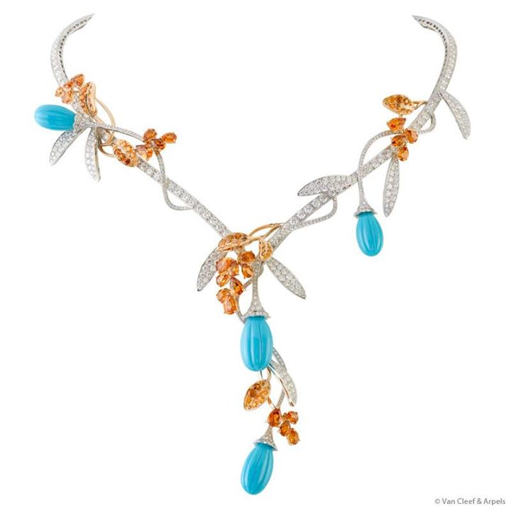 Fleurs d'-Orient- décor-necklace-for-woman