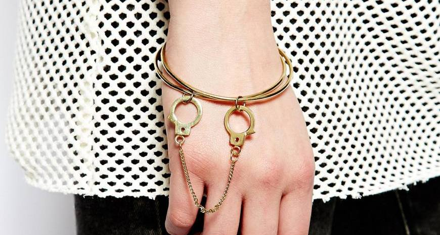 Handcuff-drop-bracelets-for-womnen