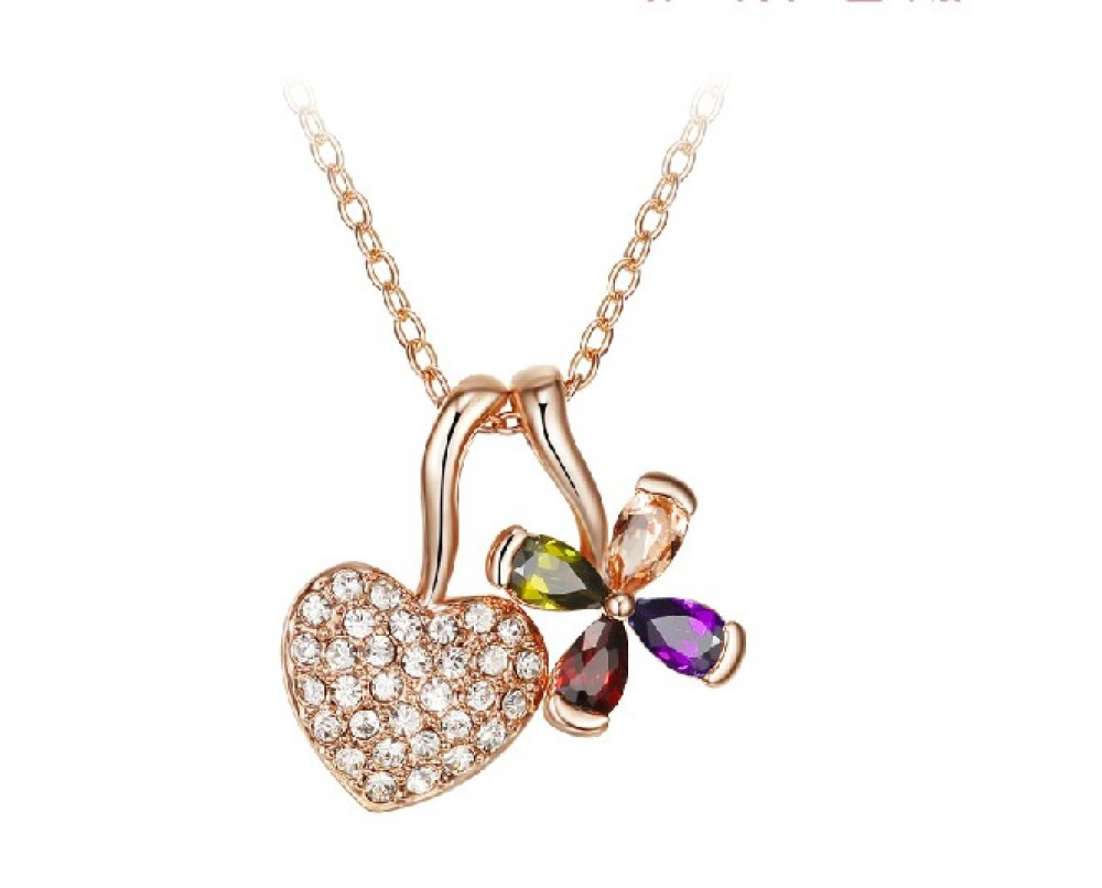 Heart-and-Lucky- Grass-necklace-for-woman