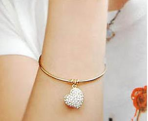 Heart-bracelets-for-women (4)