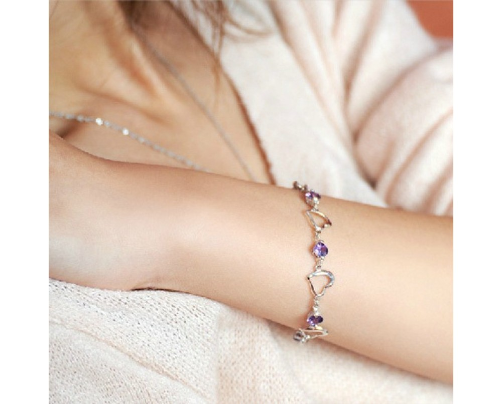 Heart-bracelets-for-women