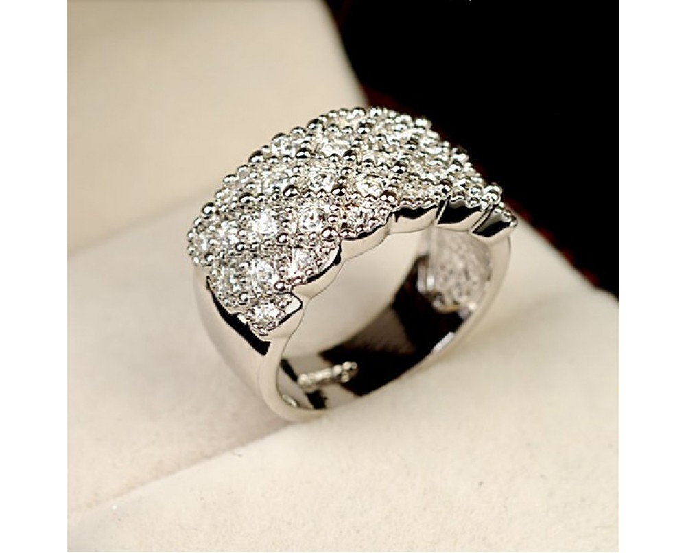 Hot Sale Personalized Crystal Women's Cocktail Ring