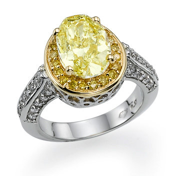 Stunning-Diamond-Oval-Ring