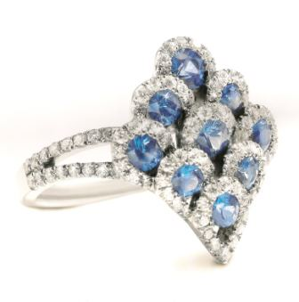 Pear-design-diamond-rings