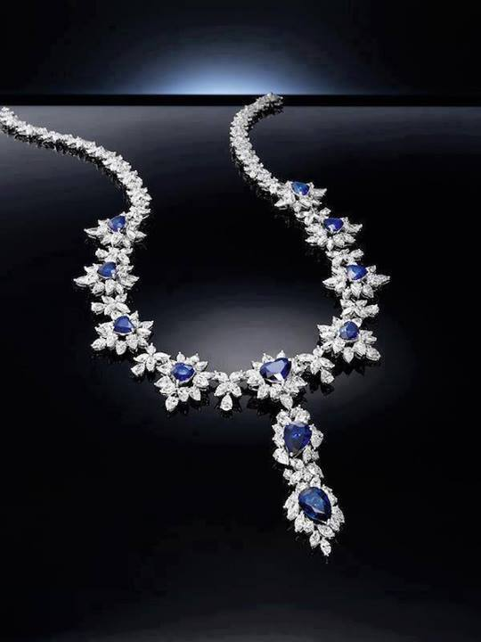 diamond-necklace-for-woman