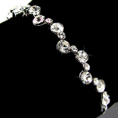 dimond-decorated-bracelets-for-women