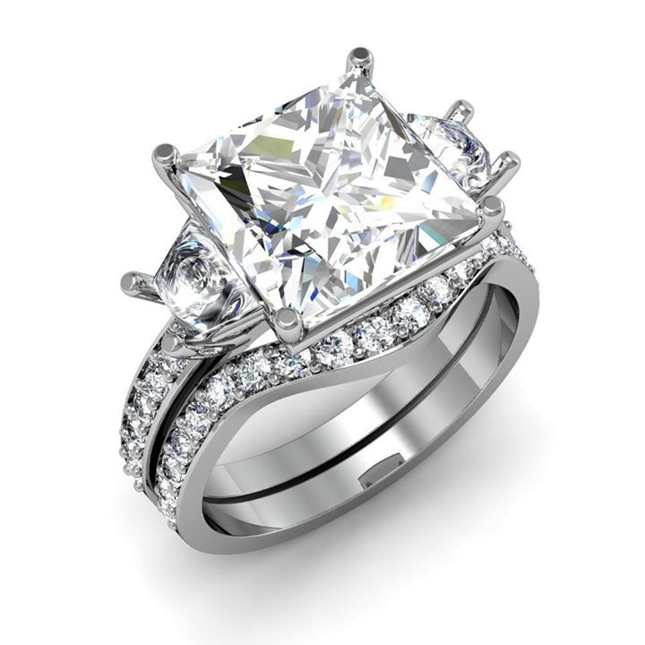 princess-cut-Diamond Shape-ring