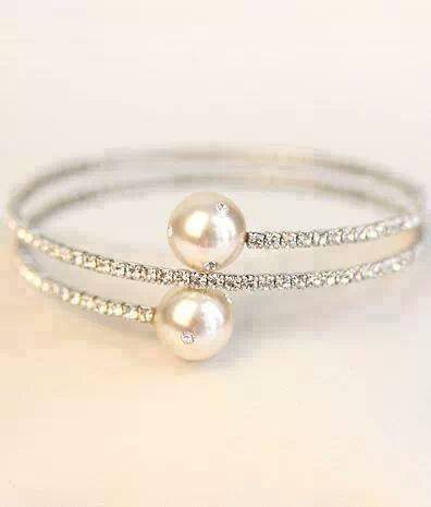 two-pearl-bracelets-for-women