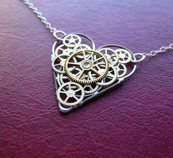 Clockwork-heart-necklace
