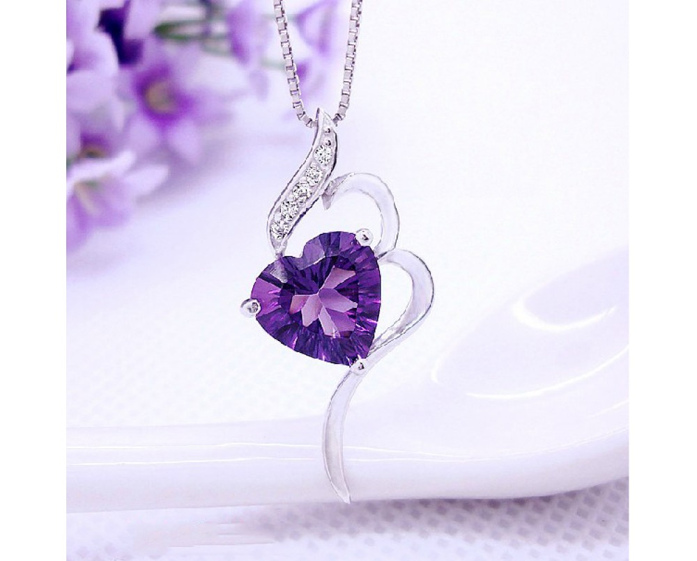 Luxury-heart-necklace