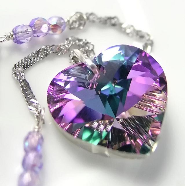 Pink-Purple-Vitreous-heart-necklace
