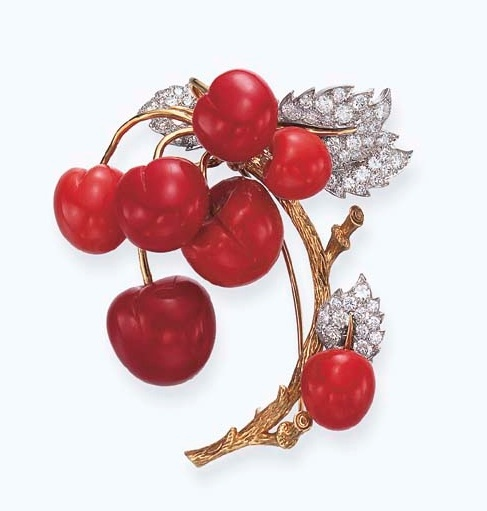 Red-brooch