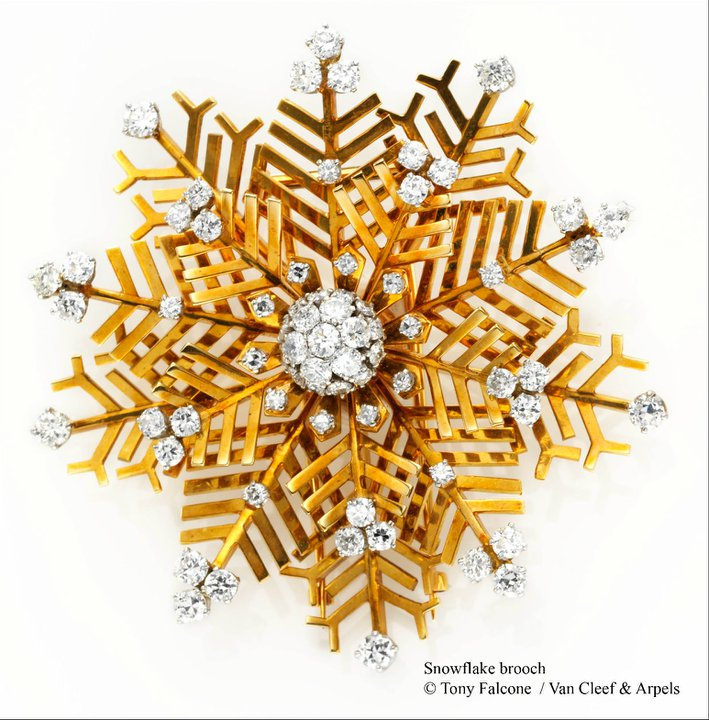 Snowflake-brooches