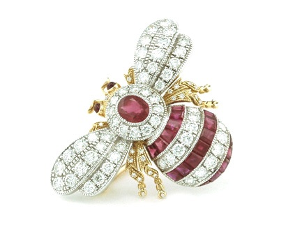 bee-diamond-brooches
