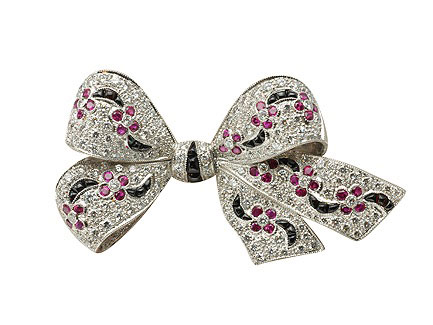 bow-diamond-brooches