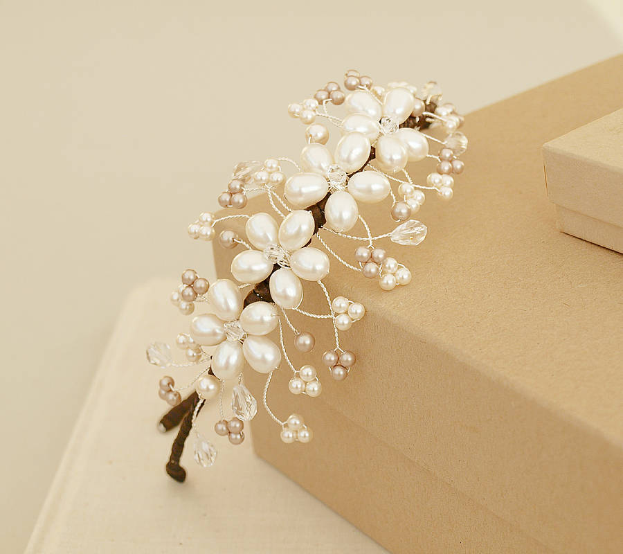floral-pearl-side-hair-bands