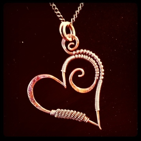 hammered-heart-necklace