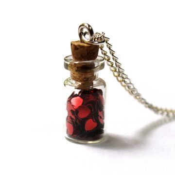 jar-of-heart-necklace