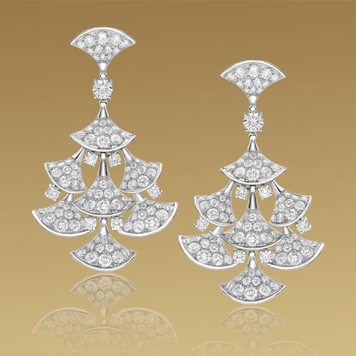 white-gold-with diamond-pavè-diamond-earrings-for-women